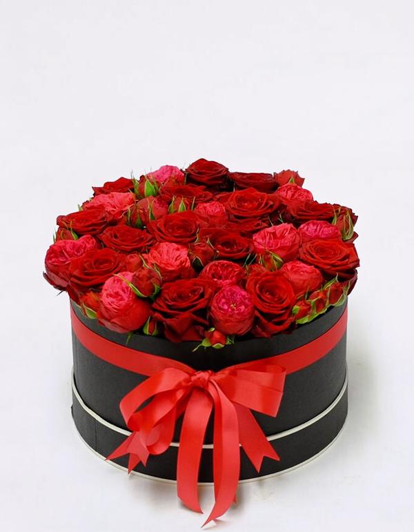 Gėlių dėžutė Valentino dienai